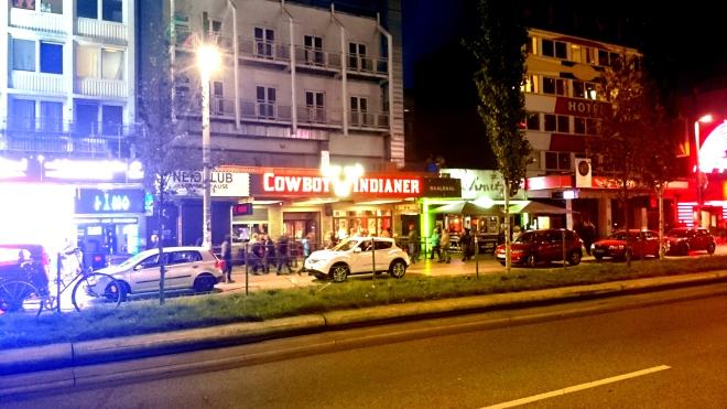 The lights of the Reeperbahn