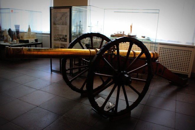 A cannon at the Hamburg Museum